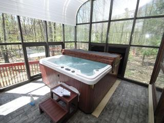 Water Front Pool Home W/Hot Tub & Air Hockey - East Stroudsburg vacation rentals