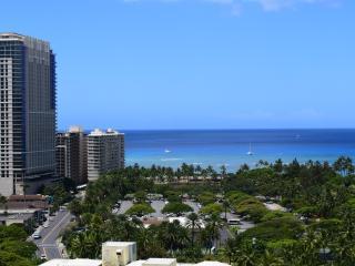 Luxury, ocean view studio in Royal Garden hotel - Honolulu vacation rentals