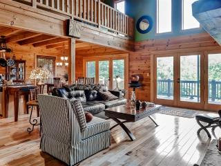 'Pura Vida' Extremely Private 3BR Bostic Cabin w/Wifi, Wraparound Deck & Stunning Water Views - Easy Access to Lake Lure, Neighboring Towns & Various Outdoor Activities! - Bostic vacation rentals