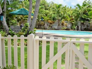 Kailua Surf Paradise Hale, pool - Kailua vacation rentals