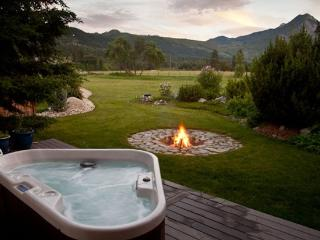 Custom Home with Magnificient Mountain Views - Leavenworth vacation rentals
