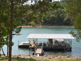 Lake Front Log Cabin with Boathouse Lake Tablerock - Branson vacation rentals
