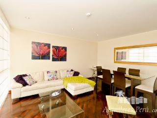 Luxury apartment. 1 block from the beach - Lima vacation rentals