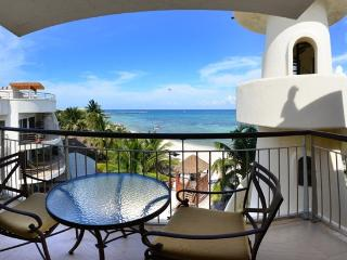 Honeymoon Penthouse, One Bedroom Oceanfront Condo - Playa del Carmen vacation rentals