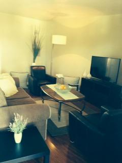 1 bedroom Condo with A/C in Hollywood - Hollywood vacation rentals