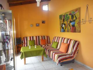 A quiet apartment in tropical jardin near the beach - Las Terrenas vacation rentals