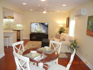 Cozy clean, basement apartment near center of town - Temecula vacation rentals