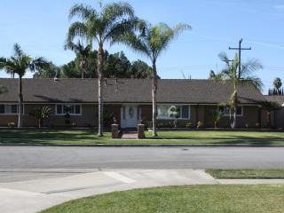 SoCal Coastal Getaway, less than 5 min from Disney - Anaheim vacation rentals