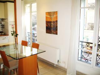 Near Champs Elysees, Arc De Triomphe, La Defense - Paris vacation rentals