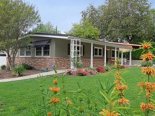 Beautiful home  3 beds - access to Pasadena & LA - Sierra Madre vacation rentals