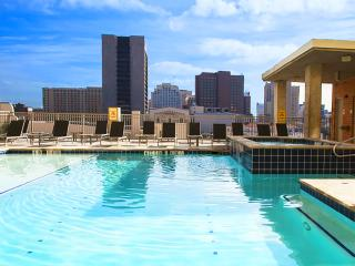 Stay Alfred Downtown 0.4 Mi to the River Walk VS2 - San Antonio vacation rentals