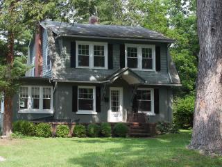 Enchanted Cottage on Glen - Elmira vacation rentals