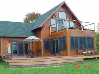 Breathtaking New Lake Champlain Beach,Ski Escape! - Burlington vacation rentals