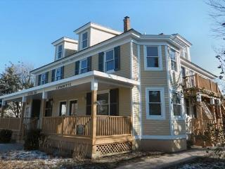 Beautiful Condo with Internet Access and A/C - Cape May vacation rentals