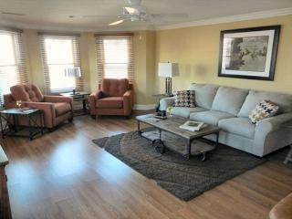 Beautiful Condo with Internet Access and Dishwasher - Cape May vacation rentals