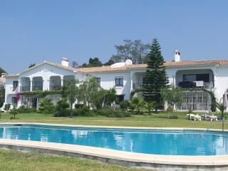 Beautiful Newly Renovated 2 bed apartment - San Pedro de Alcantara vacation rentals