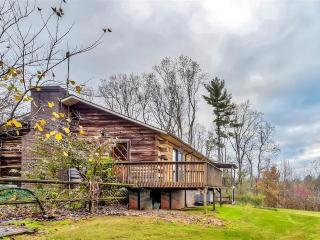 Gorgeous 3BR Hays Cabin w/Wifi & Spectacular Views from 2 Private Decks - Minutes from Stone Mountain State Park! Easy Access to Skiing, Dining, Shopping & Much More! - Hays vacation rentals