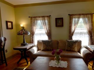 Two Bedroom apartment in Saratoga Springs - Saratoga Springs vacation rentals
