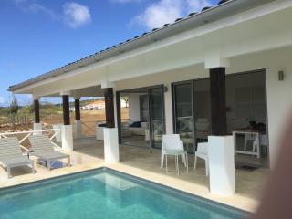 Stunning Cozy Design Villa with Fabulous Panoramic - Kralendijk vacation rentals
