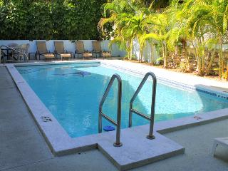 CASA GRANDE HUGE KEY WEST VILLA, BRING THE FAMILY - Key West vacation rentals