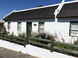 Carneddie Cottage - Bredasdorp vacation rentals