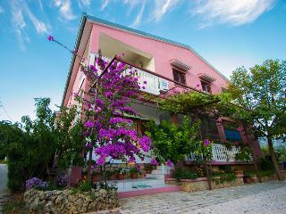SD-06/A-03 - Starigrad-Paklenica vacation rentals