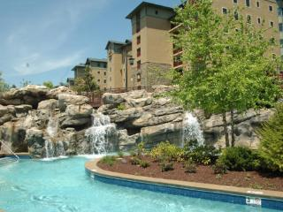 Riverstone condo 2 bedroom located in 3rd blding - Pigeon Forge vacation rentals