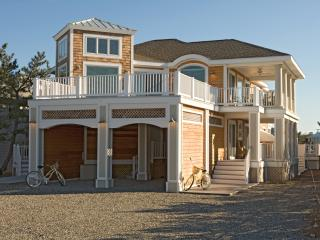 Sunset-Pool,Hot tub,Sleep16,On Water,Paddle Boards - Fenwick Island vacation rentals