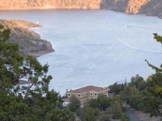 The Perfect Multi-Family Reservoir Home! - Central Oregon vacation rentals