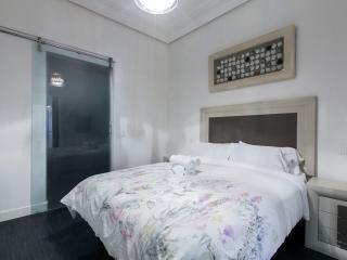 CENTRO LUJO 20 GRAN VIA - Madrid vacation rentals