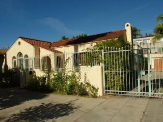 Nice 2 bedroom House in Hollywood - Hollywood vacation rentals