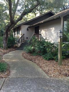 Walk to the Beach! Pet Friendly! - Johns Island vacation rentals