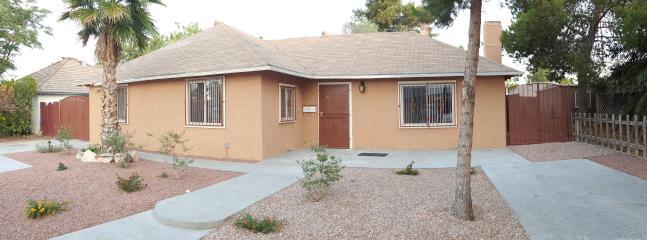 Beautiful Remodeled 4-Bedroom Home - Las Vegas vacation rentals