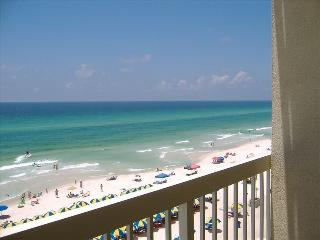 Beachfront. Sleeps 6  Spring April 33% Discount!! - Panama City Beach vacation rentals