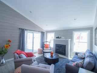 New luxury south ME coast home; in town; sleep 26. - Kennebunkport vacation rentals