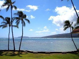 Hawaii Beachfront Villa - Honolulu vacation rentals