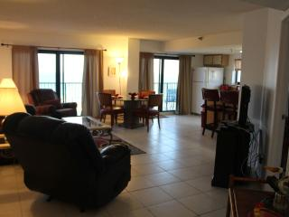 2 BDR Stunning 10    Floor Views (Sleeps 8) - Daytona Beach Shores vacation rentals