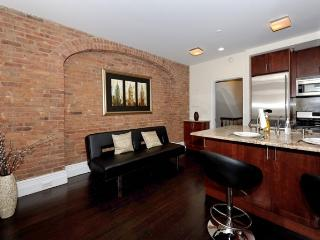 Murray Hill 2BDR 1BATH Apt! - #8569 - Manhattan vacation rentals