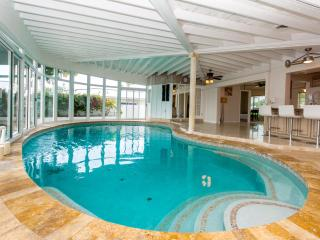 Waterfront home, mins to the beach indoor pool! - Fort Lauderdale vacation rentals