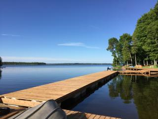 3 bedroom Cottage with Deck in Bobcaygeon - Bobcaygeon vacation rentals