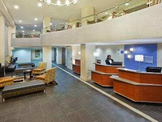 Fantastic Holiday Inn Express & Suites Atlanta, GA - Atlanta vacation rentals