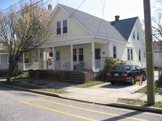 Charming Vacation Rental with Offstreet Parking - Wildwood vacation rentals
