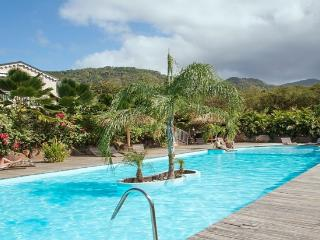 Residence CARAIBES ROYAL 4 stars for 2-4 persons - Deshaies vacation rentals