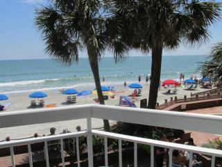 Oceanfront condo sleeps 4 to 6 people garden city - Murrells Inlet vacation rentals