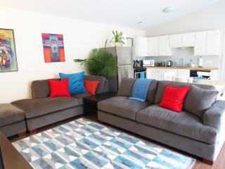 Renovated Townhouse Near The Domain - Austin vacation rentals