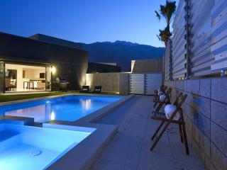 3 bedroom House with Deck in Palm Springs - Palm Springs vacation rentals