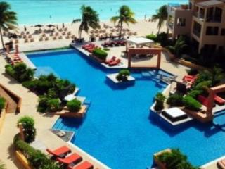 Beautiful 2 BDR appartment in Playa downtown - Playa del Carmen vacation rentals