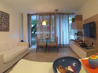 2 bedroom Apartment with Internet Access in Rio de Janeiro - Rio de Janeiro vacation rentals