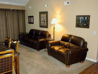 Free Nt in August with 2 Master Main Channel View - Osage Beach vacation rentals