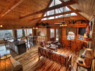 LUXURY CABIN W/PANORAMIC MAJESTIC MOUNTAIN VIEW - Sevierville vacation rentals